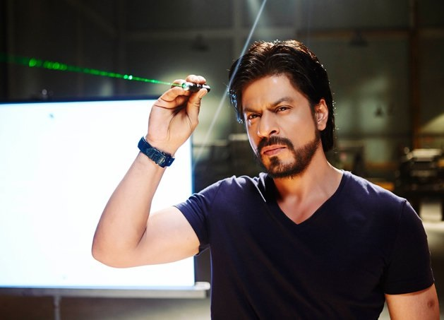 SRK 's crackling screen presence