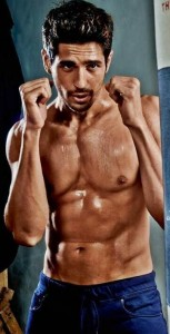 Sidharth Malhotra's six pack hot body give men an inferiority complex